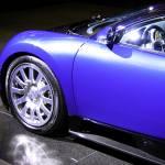 """Blue Bugatti Veyron"" by tomferris"