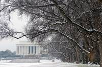 lincoln memorial winter snow