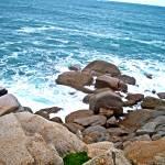 """ocean rocks"" by sharppiephotos"