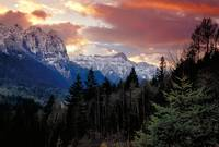 Cascade mountain sunset