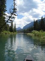 A relaxing canoe trip in Banff