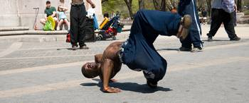Breakdancer 6