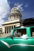Car and Capitolio