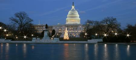 US capitol building celebrating Christmas