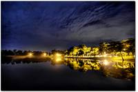 Sri Alam Lake at night