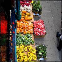 fruit stand beneath the el