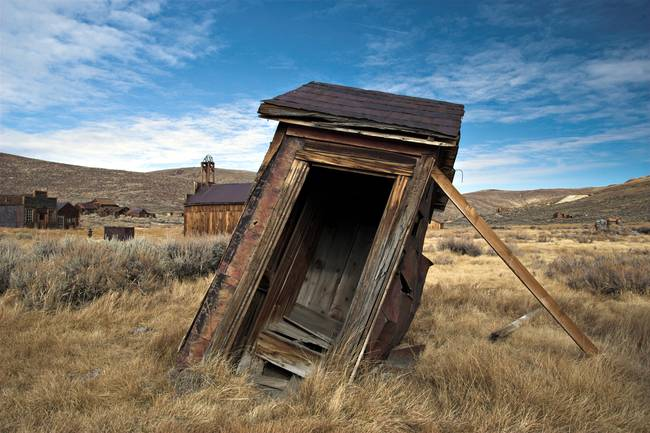 Outhouse by jauder ho for Outhouse pictures