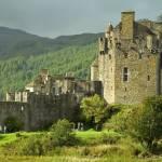 """""""Scottish Castle"""" by Simongrenfell"""