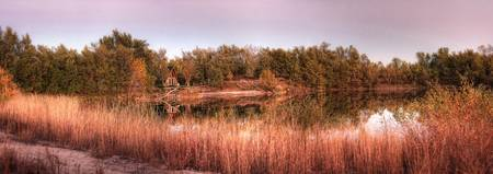 lake_in_fall_cropab