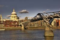 St Paul's & Millenium Bridge...