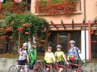 Liza, Val, Maddy, Lynn, Don in Bassano, Monday