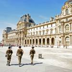 """Soldiers at The Louvre"" by pixelpills"