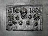 1685 Fireplace Backplate