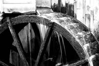 Cable Grist Mill Wheel Black and White