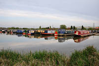Narrowboats at Barton Marina  (16717-RDA)