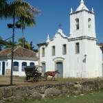 """Charrete em frente à Igreja"" by halleypo"