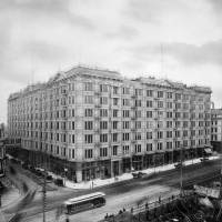 """Palace Hotel Market and New Montgomery Street c"" by WorldWide Archive"