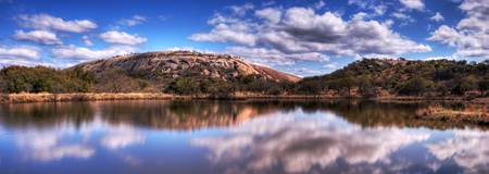 enchanted-rock-panorama-001