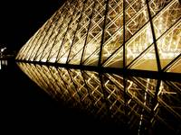 Travel_France: XV | Louvre mirrorin' in itself
