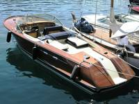 Retro Riva Speedboat