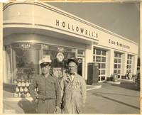 Hollowell's Esso