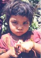 Nepal Girl-pointing-fingers