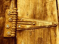 That Old Rusty Hinge