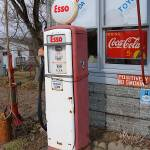 """Esso Pump"" by podolux"