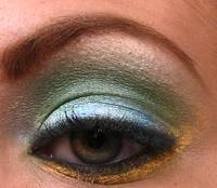 Super Macro of mac pigments on green eye