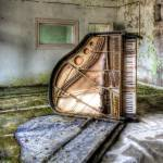 """Grand Piano 6"" by timmsuess"