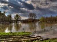 Tisza at the time of inundation going on
