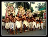 GOD ON SHOULDERS (Arat procession )