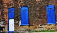 3 Blue Windows