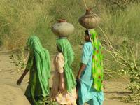 Women Carrying Water  tharDSCN25234