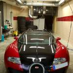 """Bugatti Veyron @ Fuel station"" by trasosworldphotography"