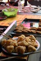 deep fried glutinous rice desserts