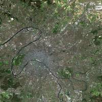 Paris (France) : Satellite Image