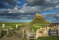 Walking to Lindisfarne