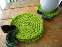 coasters green apples (set of 4)
