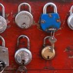 """""""Indian market Locks stand"""" by royporat"""