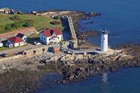 Portsmouth Harbor Lighthouse, Fort Constitution, a