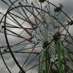 """ferris wheel clowds"" by mono"