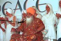 Yogi Bhajan with Staff