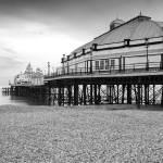 """""""Eastbourne Pier"""" by kullnat"""