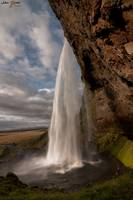Seljalandfoss - Behind the waterfall
