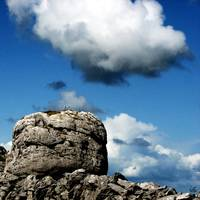 rock vs cloud