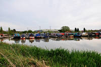 Narrowboats at Barton Marina (16708-RDA)