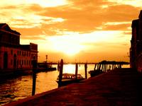 yellow sky of venice