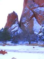 Snow on Garden of the Gods 0957