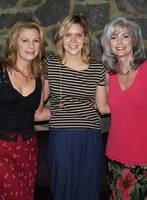 Alison, Emmylou And Patty (Atlanta, July 2002)